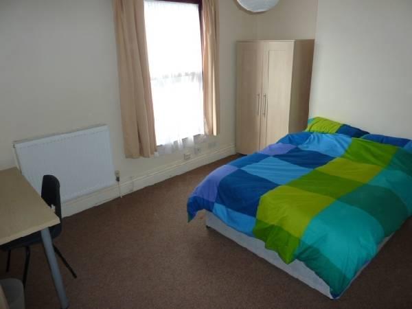 57694_100685_Bedroom 3