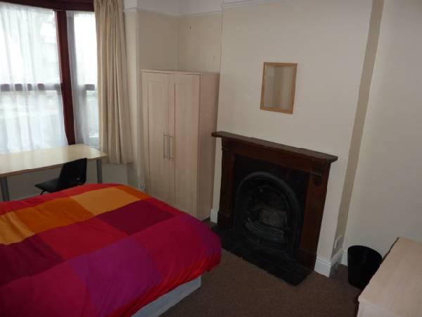 57694_97402_Bedroom 1