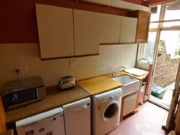 57698_322606_Kitchen