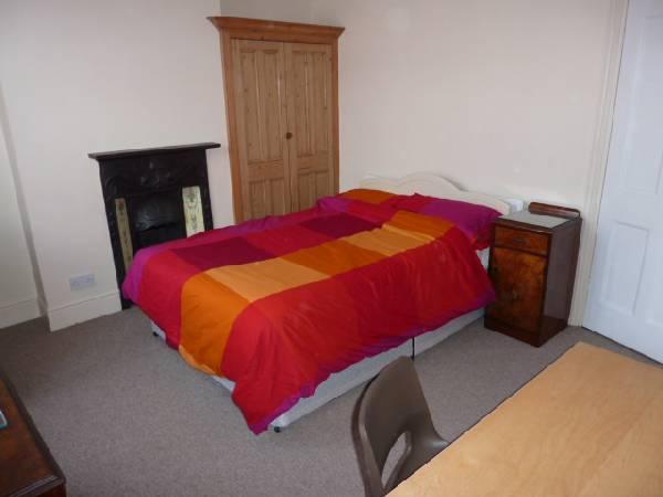 57698_39960_Bedroom 2