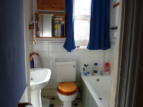 57698_39962_Bathroom